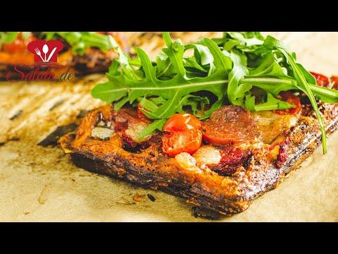 Super leckere Keto Pizza Chaffle I Käsewaffel mit Pizzabelag I Low Carb Rezept