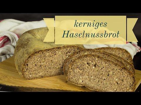 kerniges Haselnussbrot - Low Carb Brot - glutenfreies Brot - salala.de