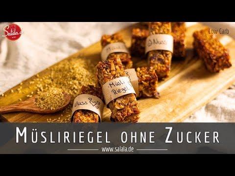 Müsliriegel selber machen mit Haselnuss und Mandel ohne Honig ACHTUNG: Nicht Low Carb konform!