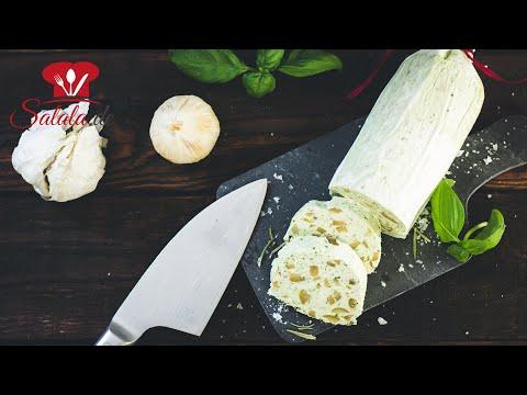 Fetacreme oder Kräuterbutter aus Feta mit Oliven Rezept I Low Carb Grillbeilage