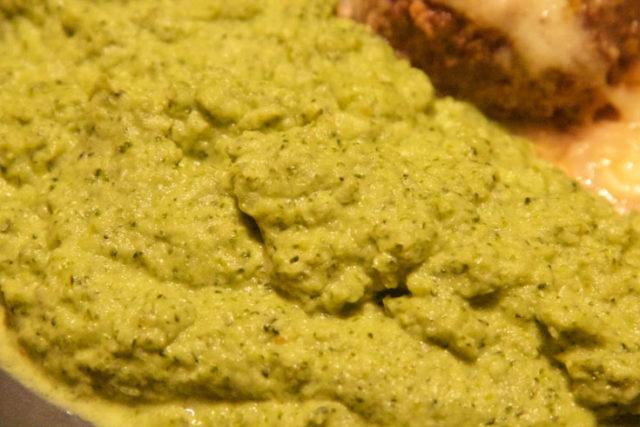 Brokkoli-Parmesan-Püree Low Carb
