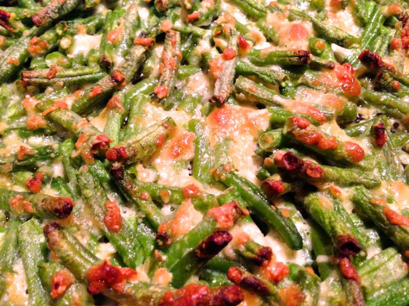 Grüne Bohnen mit Parmesan und Knoblauch als Gratin – Low Carb