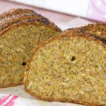 Low Carb Chia-Leinsamen-Hüttenkäse-Brot ohne Mehl glutenfrei Low Carb - salala.de - Ein Low Carb Brot, dass den Namen Brot auf jeden Fall verdient hat. Gewürzt mit dem richtigen Brotgewürz musst Du bei deiner Low Carb Ernährung nun nicht mehr auf Brot verzichten.