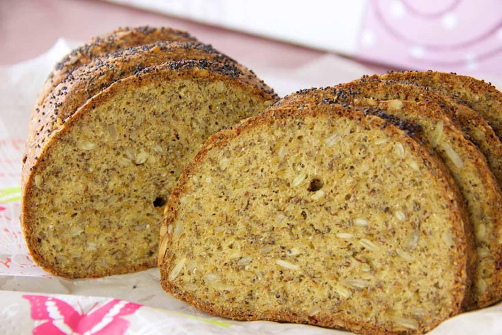 Chia-Leinsamen-Hüttenkäse-Brot – Low Carb Brot – glutenfrei