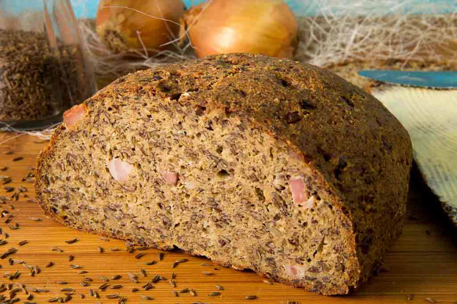 Speck-Zwiebel-Brot – Low Carb