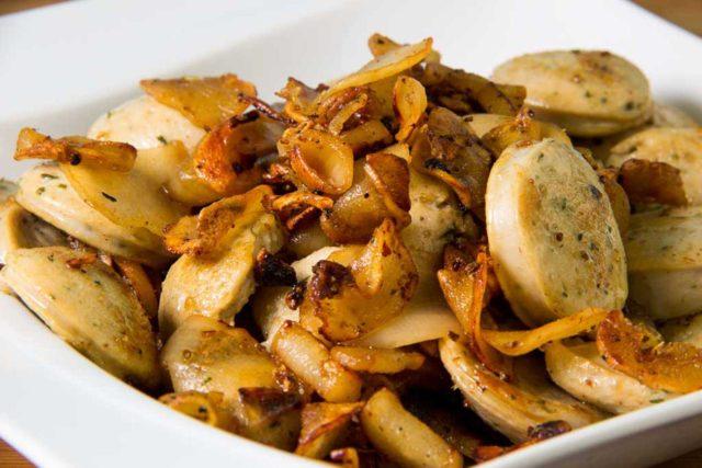 Weißwurst mit Bratschwarzwurzel – Low Carb Bratkartoffeln