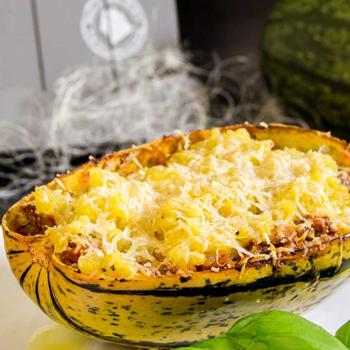 Spaghettikuerbis Bolognese Low Carb Rezept fuer den Herbst 11