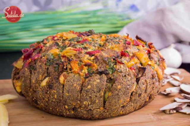 Zupfbrot - Partybrot - gefülltes Brot - Low Carb glutenfrei