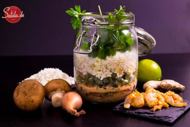Kokos Blumenkohlreis Garnelen Suppe Lunch im Glas Low Carb Mittagessen buero glutenfrei salala.de