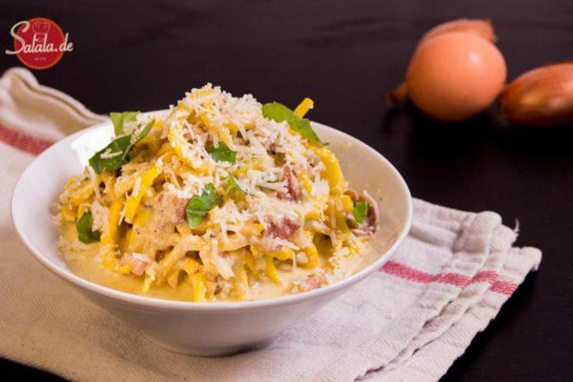 zudeln carbonara spaghetti italienisch low carb salala.de rezept