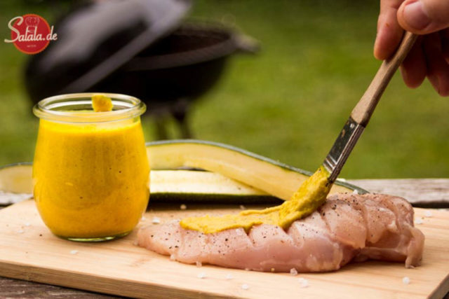 Kokos-Birne-Currysauce – low carb