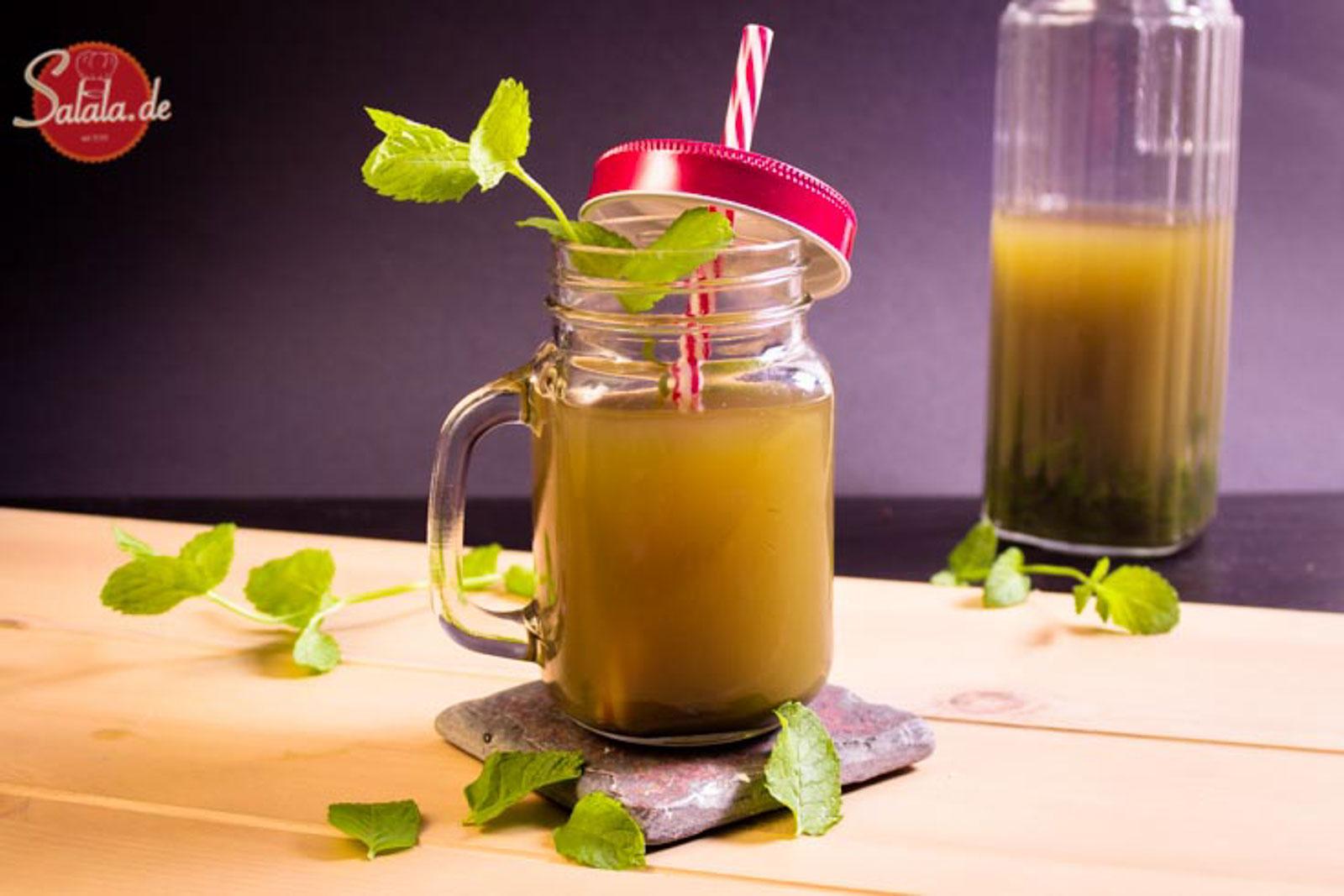 Minzgetränk Game of Thrones Low Carb Limonade Rezept mit Minze