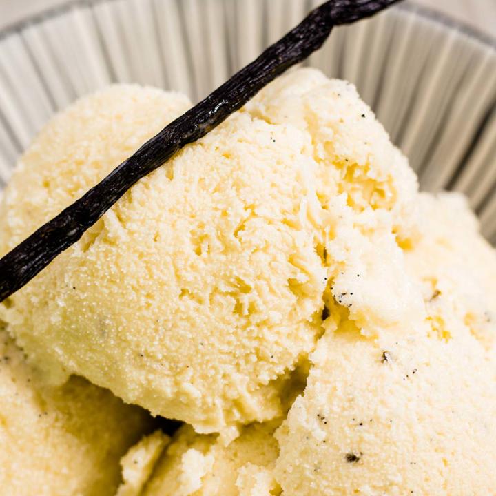 Vanilleeis ohne Zucker und ohne Eismaschine I Low Carb Rezept 28