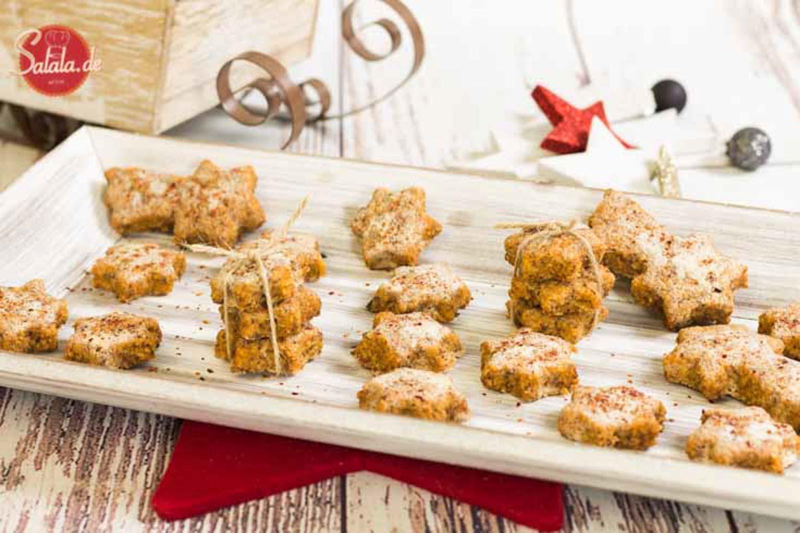 Low Carb Chilisterne - by salala.de - Chilisterne wie Zimtsterne Backen ohne Mehl Backen ohne Zucker mehlfrei zuckerfrei scharf Chili Rezept glutenfrei