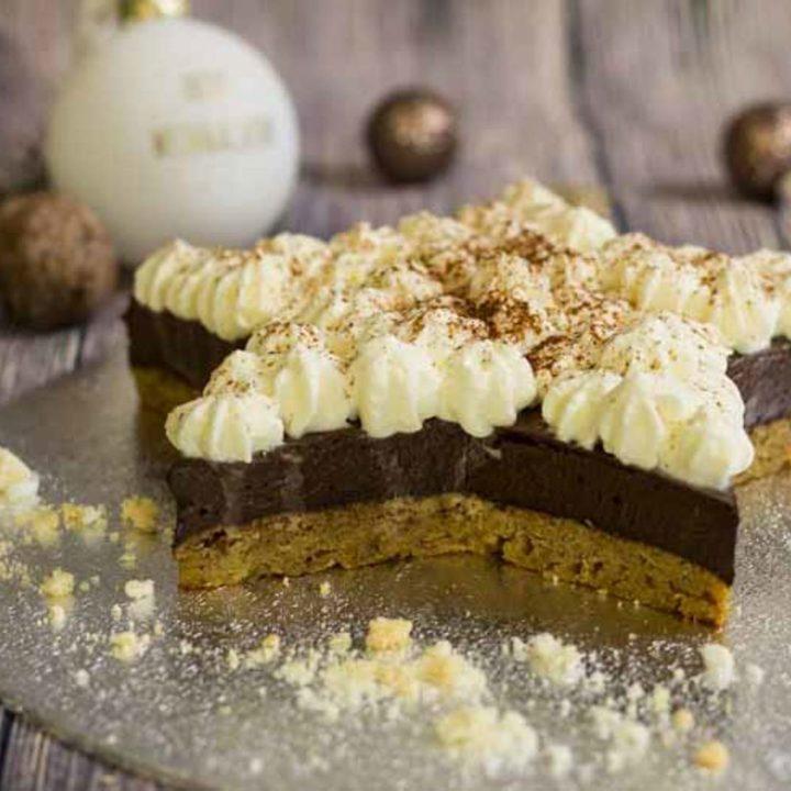 Low Carb Zimtsterntorte by salala.de glutenfrei backen ohne Zucker zuckerfrei ohne Mehl mehlfrei Schokolade Sahne Zimt Weihnachten Rezept