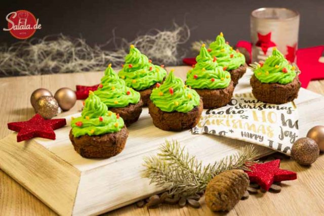 Tannenbaum-Cupcakes Rezept Muffins mit Buttercreme Low Carb Weihnachten salala.de