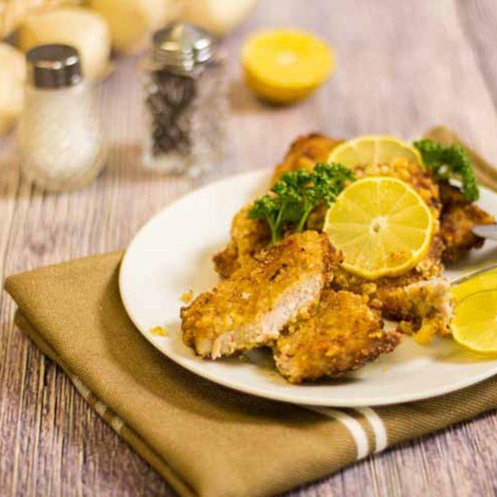 Low Carb Schnitzel mit Panade by salala.de panierte Schnitzel Low Carb Panade ohne Mehl ohne Semmelbrösel Schweinekrusten glutenfrei