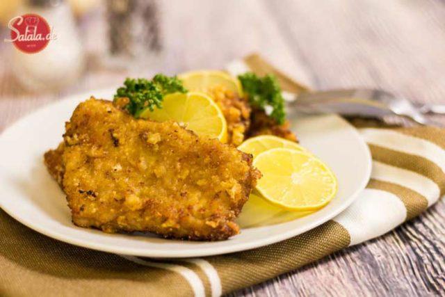 Low Carb Schnitzel mit Panade - by salala.de - panierte Schnitzel Low Carb Panade ohne Mehl ohne Semmelbrösel Schweinekrusten glutenfrei Rezept