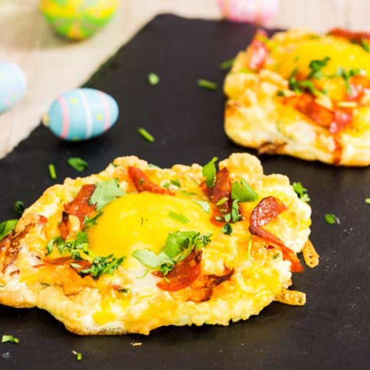 Low Carb Cloud Eggs mit Chorizo by salala.de Ketogenes Frühstück mit Ei und Käse Rezept