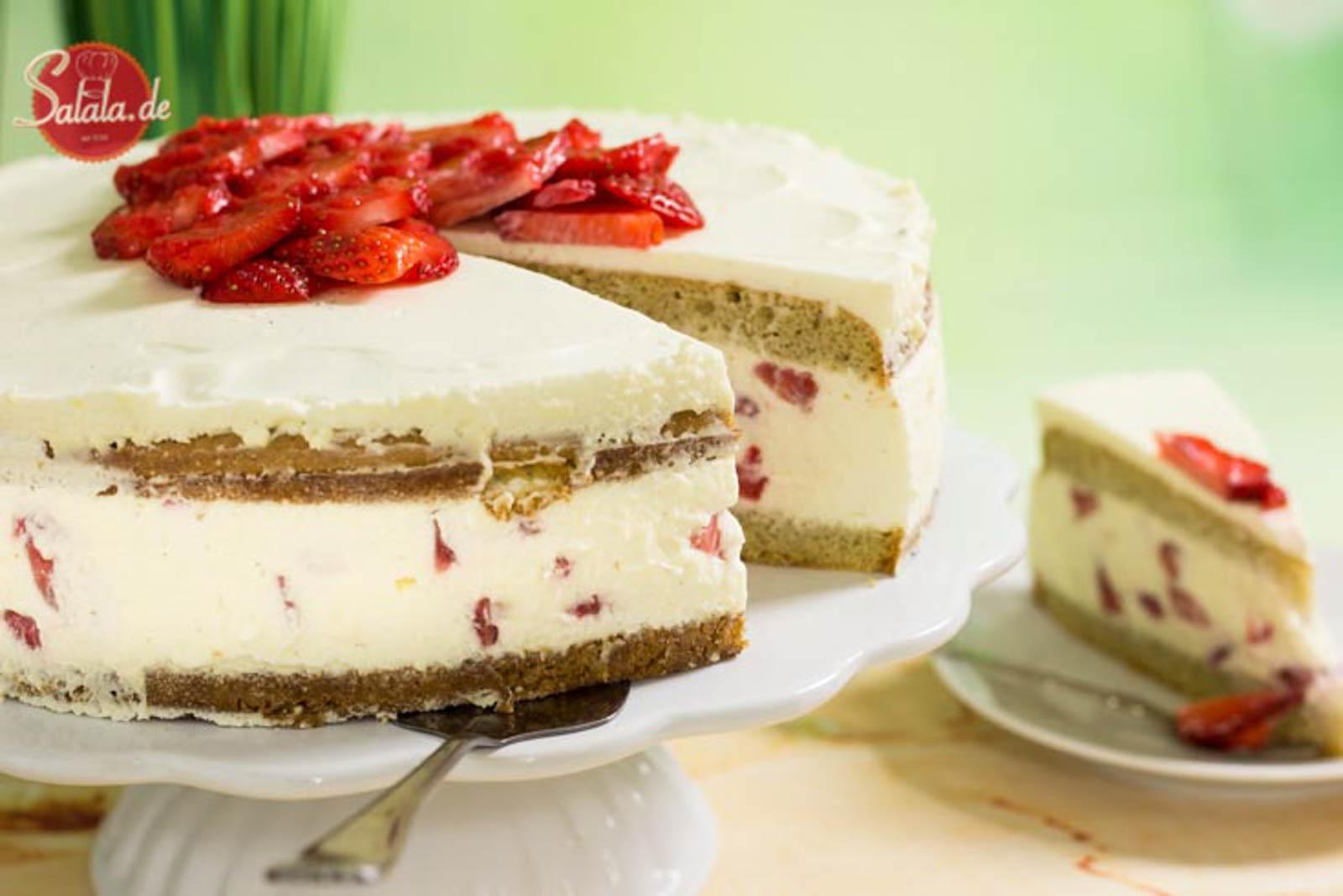 Naked Cake Erdbeertorte - by salala.de - zum Muttertag Low Carb Rezept ohne Mehl und ohne Zucker und absolut glutenfrei