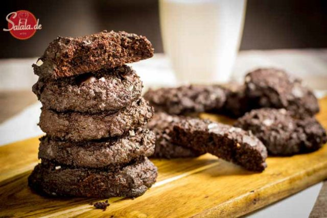 Double Choc Cookies! – Low Carb