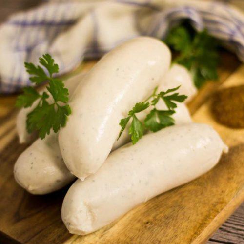 Weißwurst richtig brühen und essen zuzeln aufschneiden abschneiden