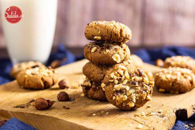 Haselnusscookies mit Zimt - by salala.de - Low Carb Rezept ohne Mehl und zuckerfrei Low Carb #Cookies #Haselnusscookies #Zimtcookies #glutenfrei #LowCarb #Rezepte #LowCarbRezepte