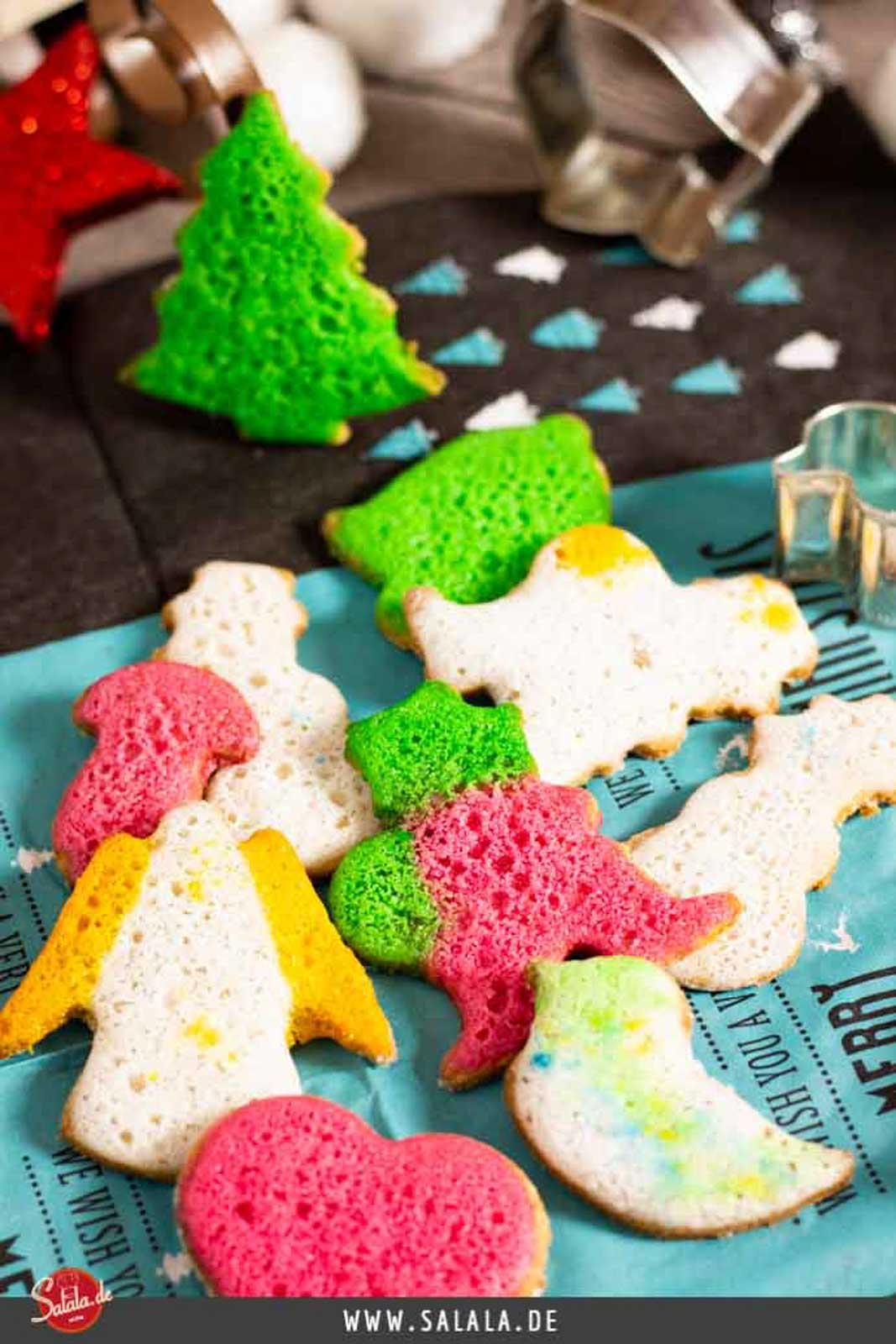 Butterplätzchen - by salala.de - ohne Mehl und ohne Zucker zu Weihnachten I Low Carb Plätzchen Rezept ohne Gluten #butterplätzchen #lowcarb #plätzchen #lowcarbbacken #backen #weihnachten #lchf #ohnezucker #glutenfrei #ohnemehl #lowcarbplätzchen #lowcarbweihnachten