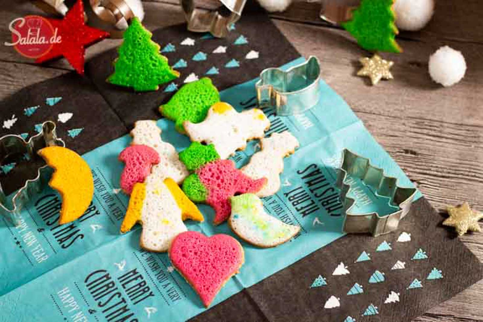 Butterplätzchen - by salala.de - ohne Mehl und ohne Zucker zu Weihnachten I Low Carb Plätzchen Rezept #butterplätzchen #lowcarb #plätzchen #lowcarbbacken #backen #weihnachten #lchf #ohnezucker #glutenfrei #ohnemehl #lowcarbplätzchen #lowcarbweihnachten