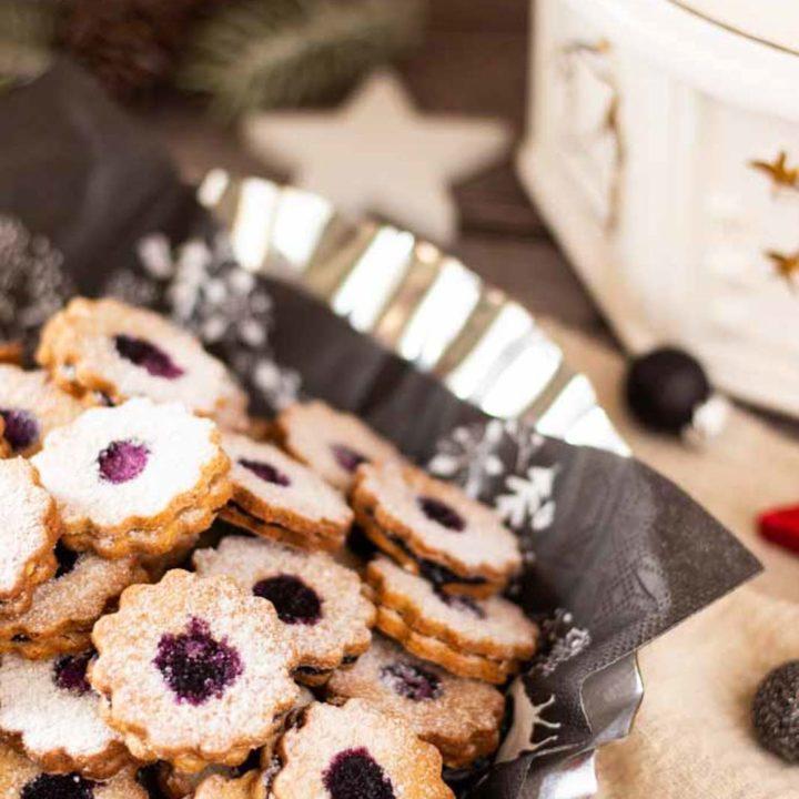 Spitzbuben Plätzchen mit Marmelade I Hildatörtchen by salala.de Rezept ohne Mehl und ohne Zucker Low Carb Weihnachtsplätzchen glutenfrei