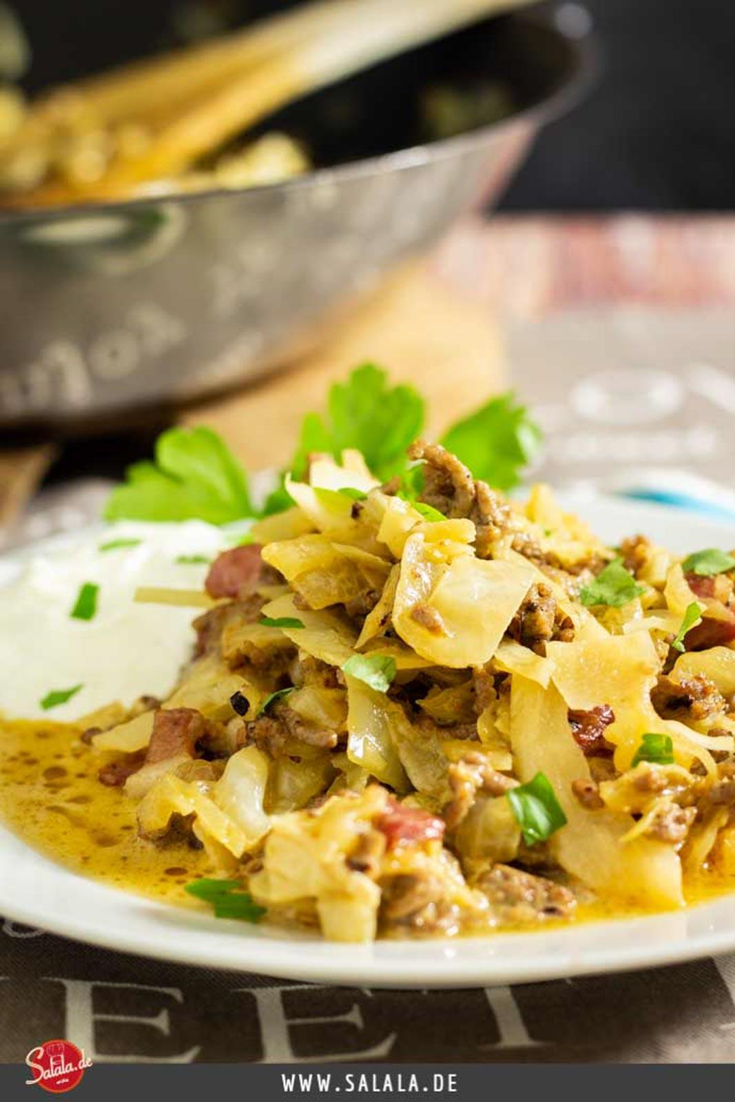 Hackfleischpfanne mit Weißkraut - by salala.de - schnell und einfach selber kochen I Low Carb Rezept mit Speck