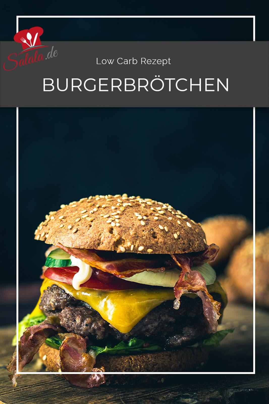 Burgerbrötchen in Low Carb und dann auch noch ganz einfach und in nicht nass. Gibt's nicht? Gibt's doch. Wir haben es. Das ultimative Low Carb Burgerbrötchen Rezept. Brötchen mit toller Krume und perfekter Optik. Die musst du einfach ausprobieren.  #burgerbroetchen #lowcarbbroetchen #lowcarbburger #burgerbroetchenrezept #lowcarbbroetchenrezept #lowcarbrezepte #burgerbroetchenohnemehl #glutenfreibacken