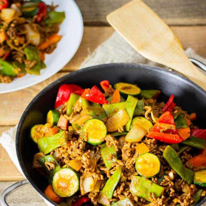Hackfleischpfanne mit Gemüse I by salala.de I Low Carb Abendessen Hauptgericht mit Hackfleisch und buntem Gemüse aus dem Wok 2