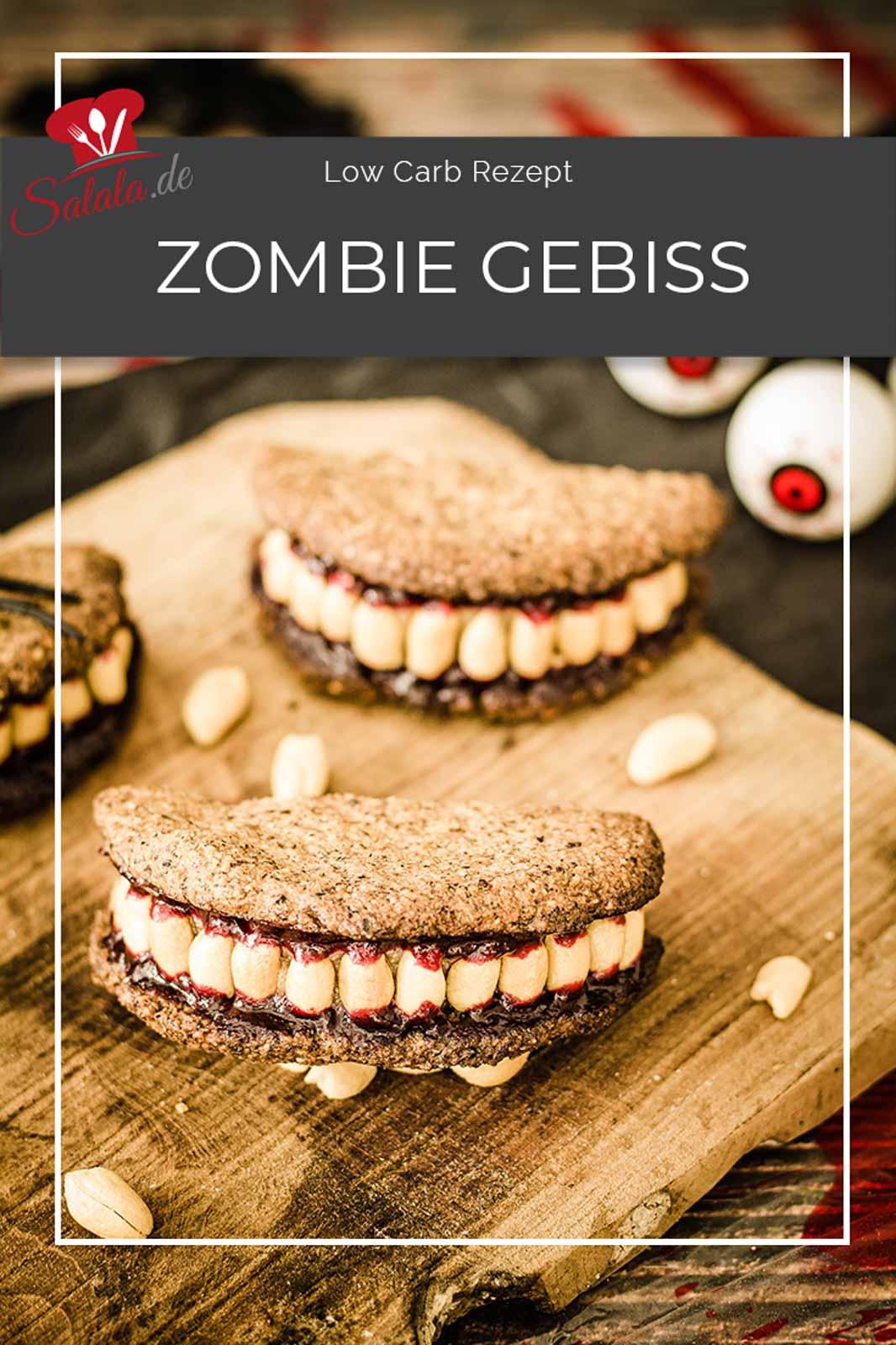 Du brauchst einfach nur nen Low Carb Keks, Erdnussmus, Erdnüsse, ein bisserl zuckerfreie Marmelade und schon kann Halloween kommen. Mit einem Low Carb Zombie Gebiss natürlich, also so ganz ohne Zucker und Mehl. Feierst Du auch Halloween? #Halloween #zuckerfrei #lowcarbhalloween #lowcarbbacken #lowcarbnaschen #lowcarbsnacks #halloweenohnezucker #zombiegebiss