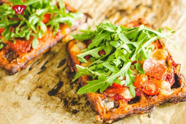 Pizza-Chaffles!