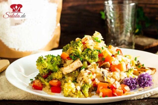 Reispfanne mit Gemüse aus Low Carb Konjakreis von Shileo