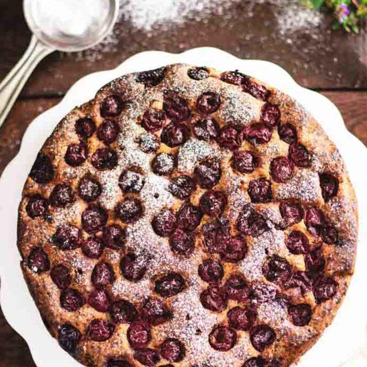 Versunkener Kirschkuchen ohne Mehl mit Schokolade I Low Carb Rezept 20200730 Pinterest salala.de Hochkant 1