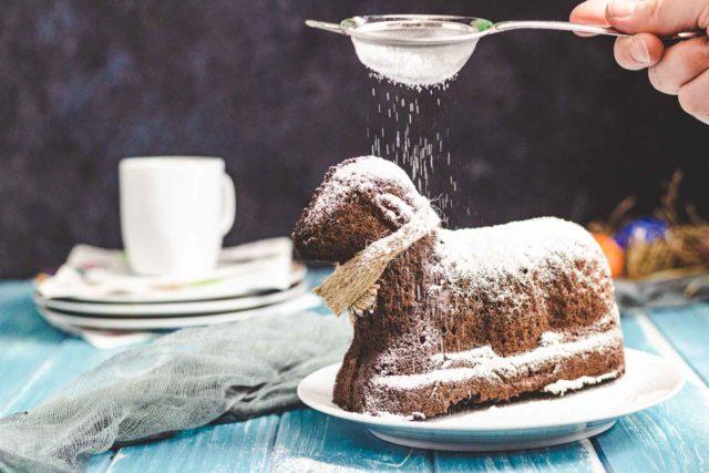 Schoko Osterlamm aus Biskuit ohne Zucker