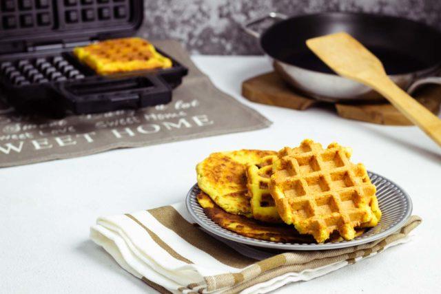 Chaffles ohne Käse – MiPro freie Keto Waffeln