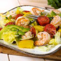 Salat mit Garnelen Keto und Low Carb Rezept